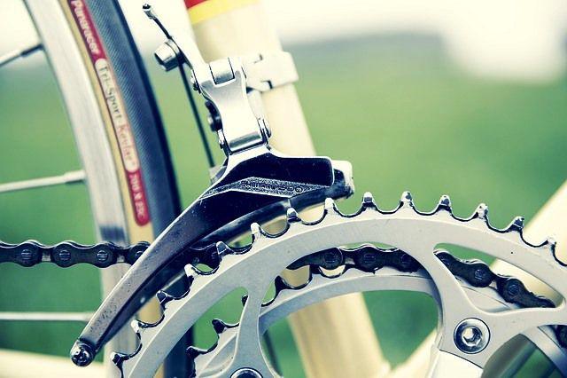 cadena y cambios de una bici