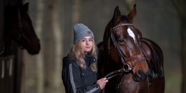 jocketta y su caballo