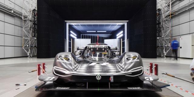 Volkswagen ID. R usando tecnología de  Fórmula 1