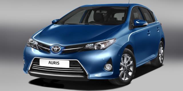 Toyota Auris Hibrido Isabel Celaa