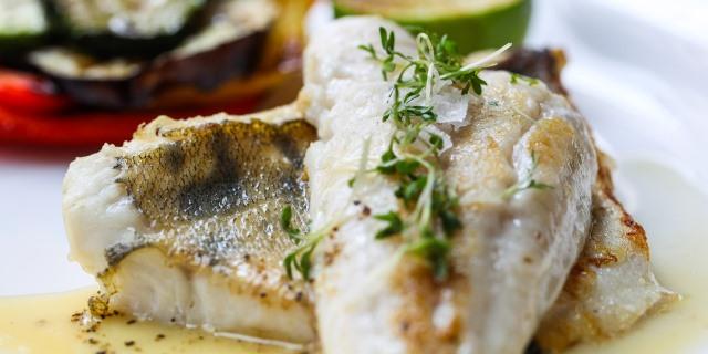 hay que tomar ciertas precauciones al comer pescado a causa del mercurio
