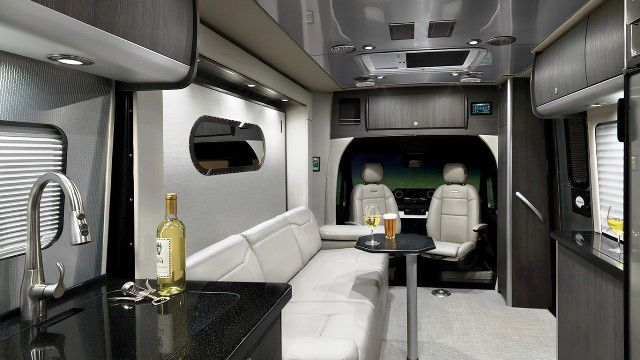 Atlas RV 2020 interior