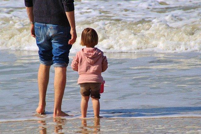 coronavirus en arena de playas