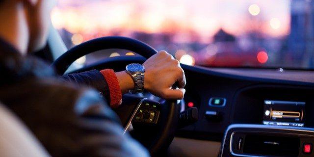 """Técnicas """"mindfulness"""" para reducir las distracciones al volante"""