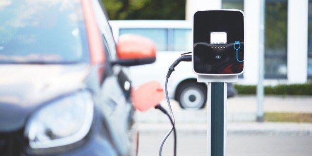 Plan Moves 2020 establece grandes ayudas económicas para el coche eléctrico