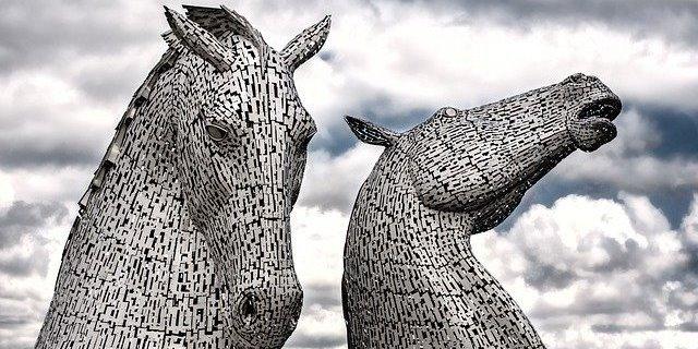 Caballos en la mitología de Escocia