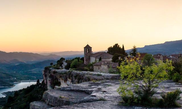 Destinos como Siurana (Tarragona) merecen mucho la pena