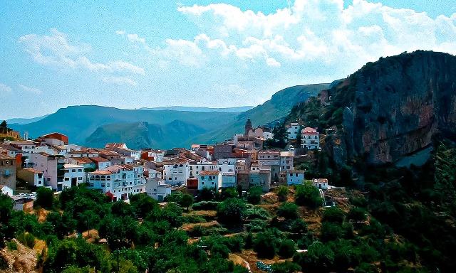 Chulilla es uno de los destinos recomendados que se ubica en la provincia de Valencia