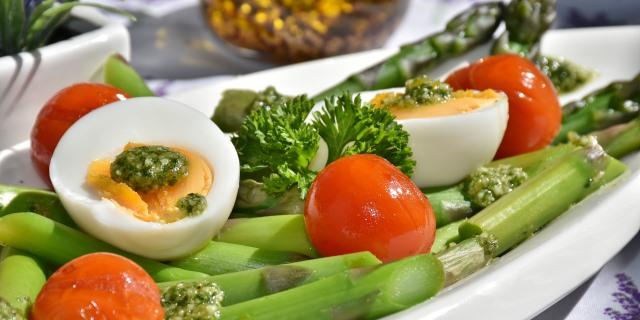 dieta saludable con fruta tras las vacaciones