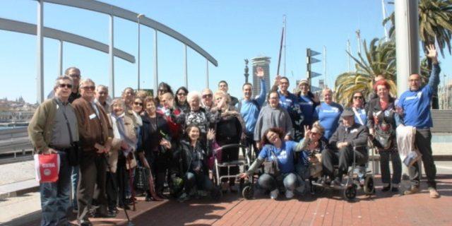 Allianz conmemora el Día de las Personas de Edad apoyando a este colectivo
