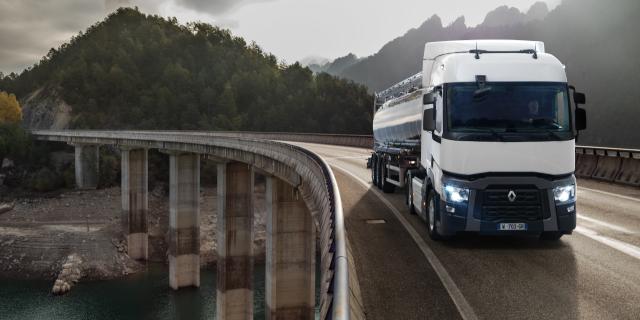 Los camiones de los nuevos transportistas no tendrán que cumplir con el requisito de edad mínima