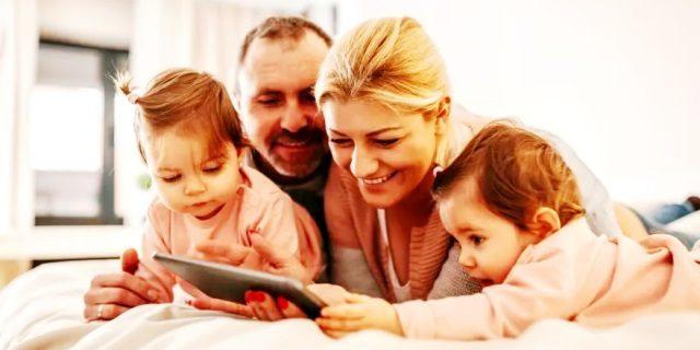 anuncios Divina Pastora familia y autónomos