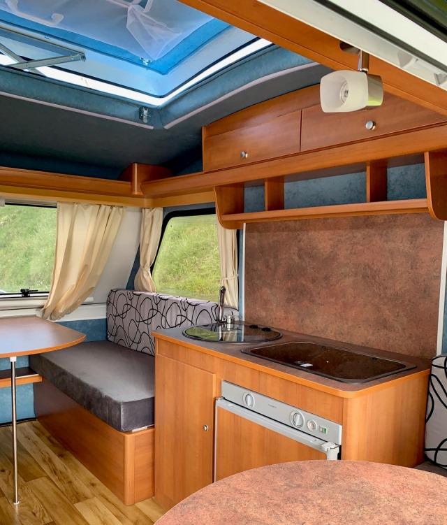 interior caravana bambina