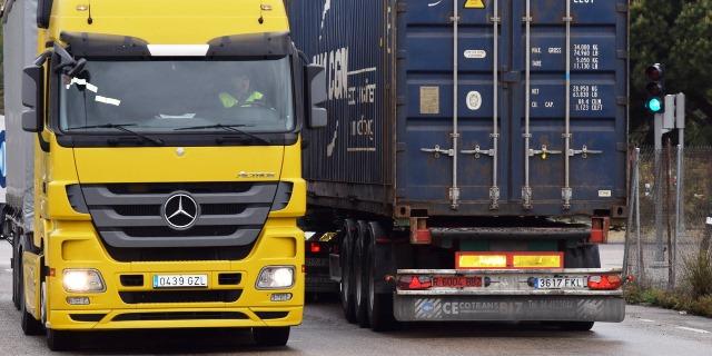 El Gobierno vuelve a la carga con subir los impuestos del diésel y con la aplicación de la euroviñeta