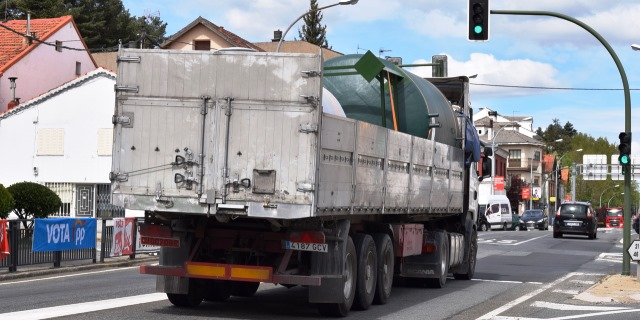 Puente de Mayo: La DGT levanta las restricciones a camiones entre el viernes 30 de abril y el lunes 3 de mayo