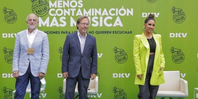 India Martínez en la presentación de la canción con DKV