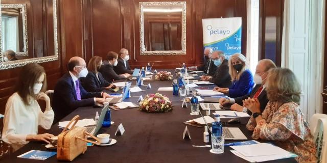 Reunión con Boada presidente honor Fundación Pelayo