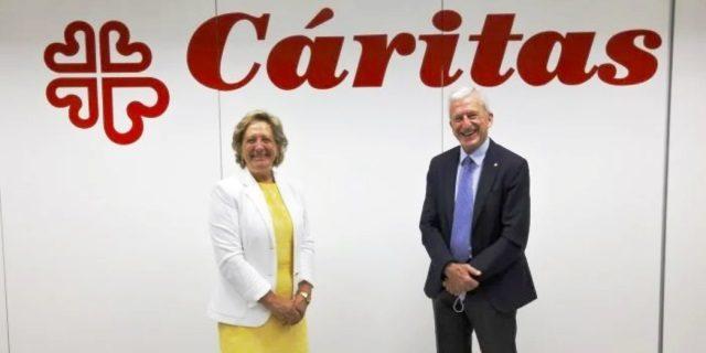 UNESPA apoya a Cáritas en cuatro proyectos con un gran donativo