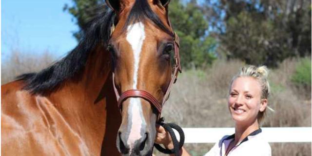 Kaley Cuoco caballo maltratado juegos olímpicos