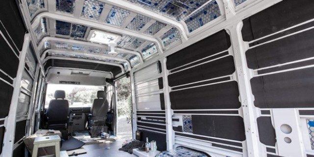 furgoneta vivienda limpiar interior