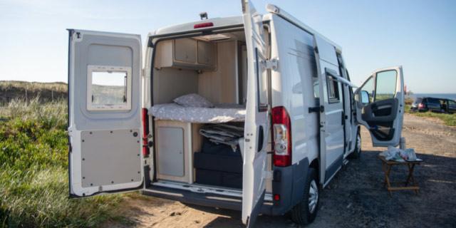diseño de furgoneta camper